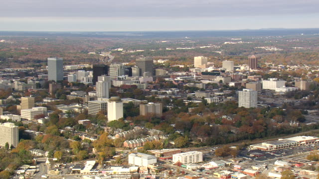 ws aerial view of columbia city / south carolina, united states - コロンビア点の映像素材/bロール