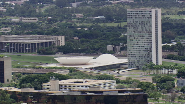 ws aerial view of congresso nacional / brasilia, brazil - united states congress stock-videos und b-roll-filmmaterial