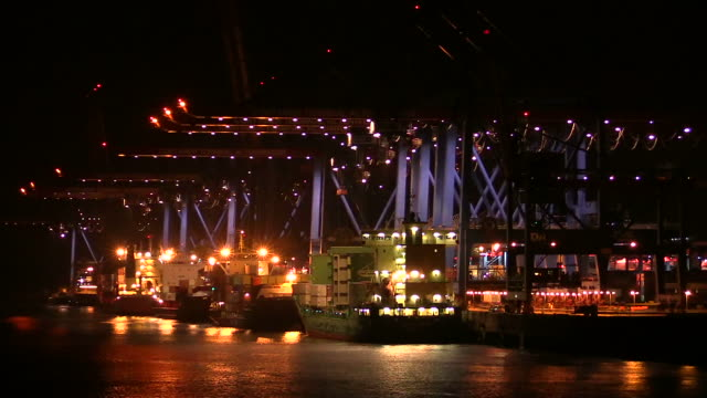 WS POV View of container terminal Altenwerder, harbour / Hamburg, Germany