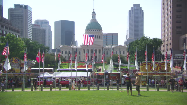 ws view of courthouse shot through flags / st louis, missouri, united states - missouri stock videos & royalty-free footage