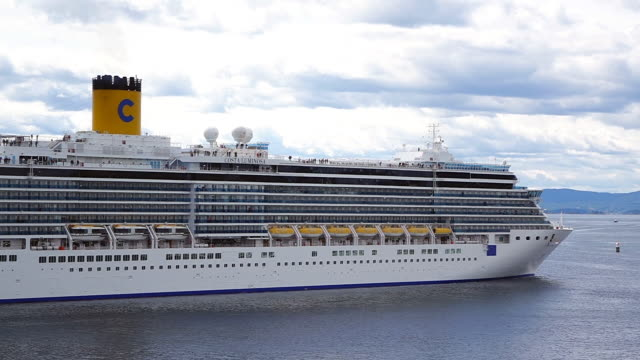 ws view of cruise ship leaving harbour / oslo, norway - passenger stock videos & royalty-free footage