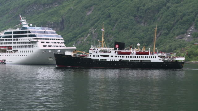 WS TS View of Cruise-ships in Geirangerfjord / Geiranger, More og Romsdal, Norway