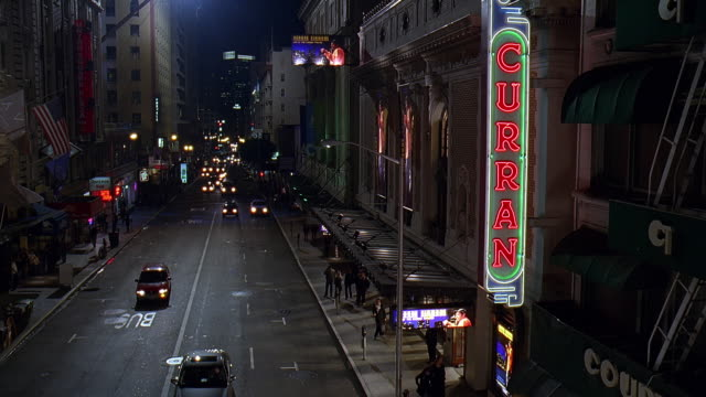 ws cs view of curran theatre at night / san francisco, california, usa  - großbuchstabe stock-videos und b-roll-filmmaterial