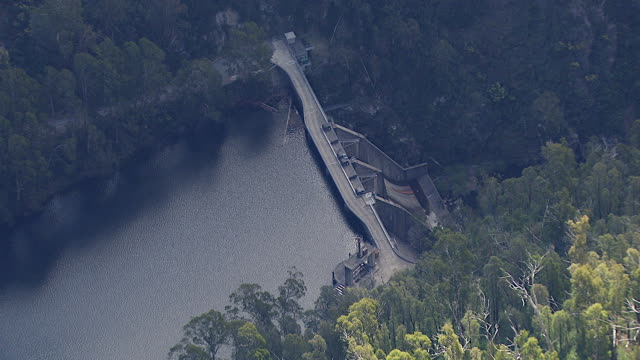 WS AERIAL ZI ZO View of dam / Kings Cliff, New South Wales, Australia