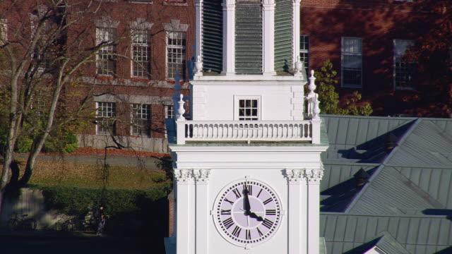 vídeos de stock e filmes b-roll de ws arieal view of dartmouth college campus / new hampshire, united states - dartmouth