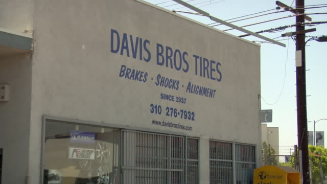 MS View of Davis Bros shop contact info / Los Angeles, California, USA