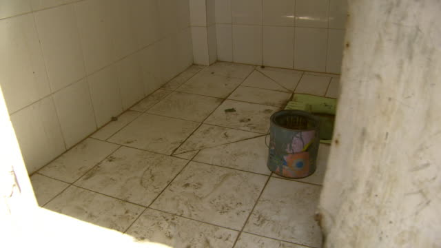 view of dirty toilet in india - unhygienic stock videos & royalty-free footage