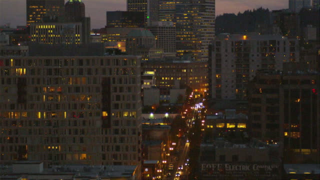 WS TD View of downtown at night / Portland, Oregon, USA