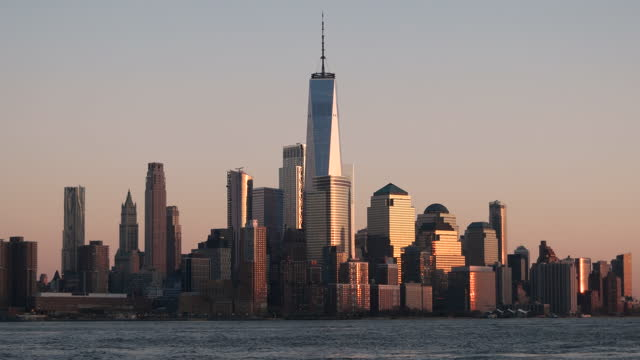 view of downtown manhattan at sunset / nyc - tall high stock videos & royalty-free footage