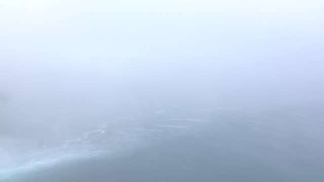 Utsikt över Düdens vattenfall i dimma