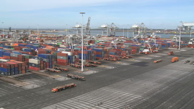 vídeos y material grabado en eventos de stock de ws t/l view of ect container terminal at harbour / rotterdam, southholland, netherlands - rotterdam