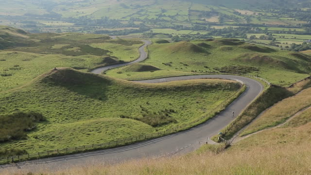 view of edale valley, derbyshire, england, uk, europe - 1984 stock videos & royalty-free footage