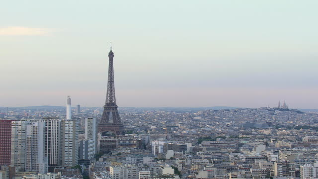 ws aerial view of eiffel tower / paris, france - eiffel tower paris stock videos & royalty-free footage