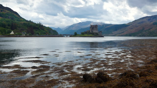 t/l ws view of eilean donan castle / dornie, scotland, united kingdom - dornie stock videos & royalty-free footage