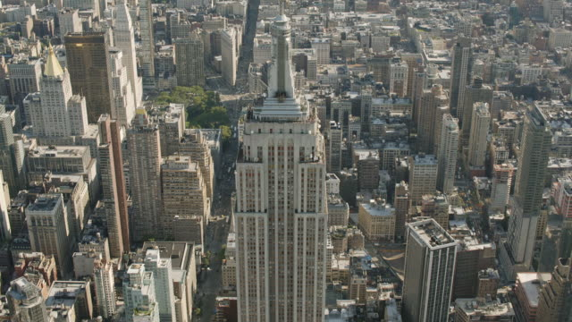 AERIAL MS TD View of empire state building / New York City