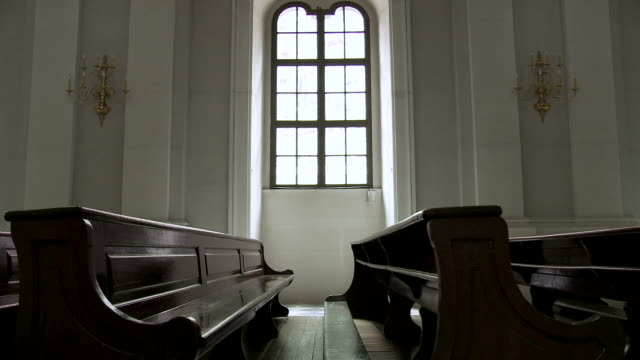 ms zi zo view of empty benches in church / dresden, saxony, germany - katholizismus stock-videos und b-roll-filmmaterial
