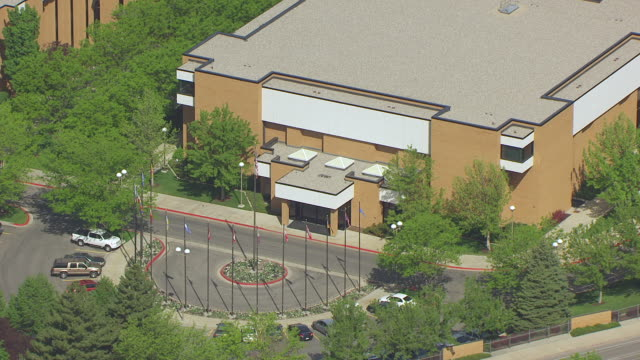 stockvideo's en b-roll-footage met ms aerial ds view of entrance to missionary training center at brigham young university / provo, utah, united states - provo