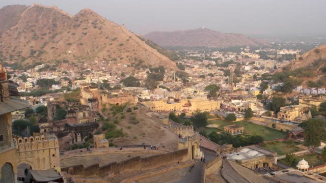 View of entry ramp up towards the Amber Fort, looking towards the Amer settlement down below
