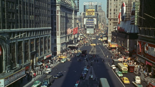 MS View of Establish times square / New York, United States