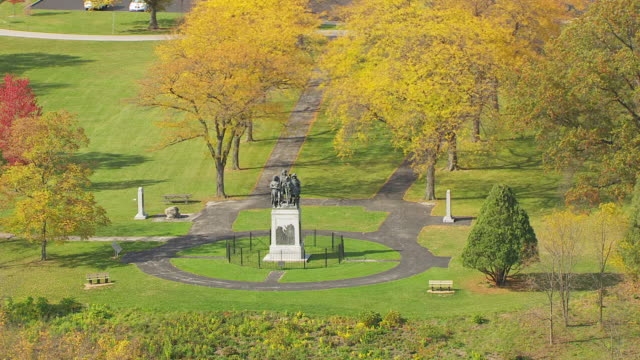 ws zi aerial view of fallen timbers memorial in lucas county / ohio, united states - male likeness stock videos & royalty-free footage