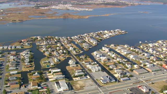 ws aerial zi zo view of fenwick island / delaware, united states - atlantik stock-videos und b-roll-filmmaterial