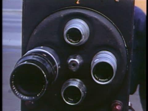 vídeos de stock e filmes b-roll de cu zi ws view of film shooting / usa. - montagem de filme estúdio de cinema