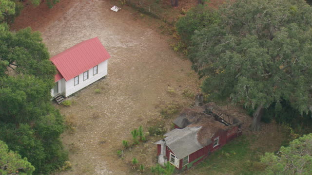 ws aerial view of first old african baptist church / georgia, united states - バプテスト点の映像素材/bロール