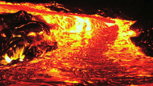 ms t/l view of flowing molten lava river / kalapana, hawaii, usa - kilauea stock videos & royalty-free footage