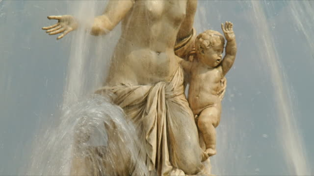 ms tu view of fountain of latona / versailles, ile de france, france - versailles stock videos and b-roll footage
