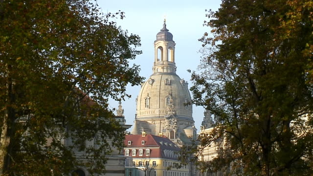 WS View of Frauenkirche / Dresden, Saxony, Germany