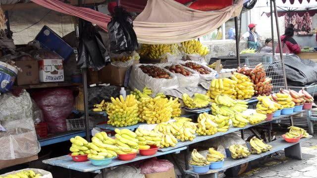 MS View of Fruit and vegetables market in small village / Otavalo, Ecuador