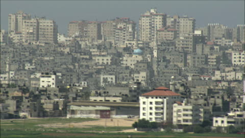 ws pan view of gaza strip / gaza, gaza strip, israel  - ガザ地区点の映像素材/bロール
