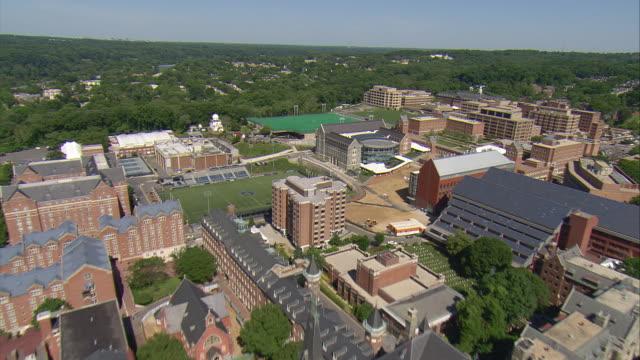 vidéos et rushes de ws aerial view of georgetown university campus / washington, dist. of columbia, united states - georgetown washington dc