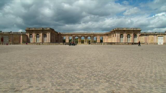 WS PAN View of Grand trianon exterior / Versailles, Ile de France, France