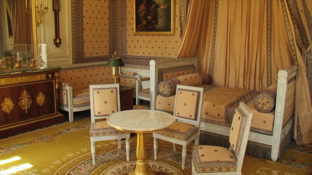 ms view of grand trianon, napoleon's room / versailles, ile de france, france - schloss versailles stock-videos und b-roll-filmmaterial