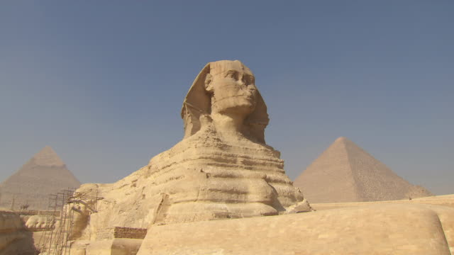 WS View of Great Sphinx of Giza and Pyramid / Giza, Egypt