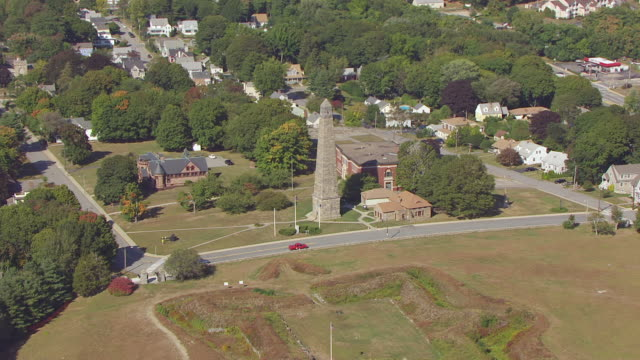 ws zo aerial pov view of groton monument with bridge in background/ groton, connecticut, united states - groton connecticut stock videos & royalty-free footage