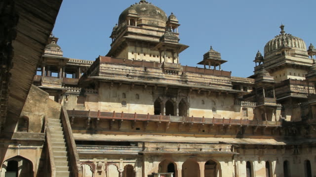 ws view of gwalior fort / gwalior, madhya pradesh, india - fortress stock videos & royalty-free footage