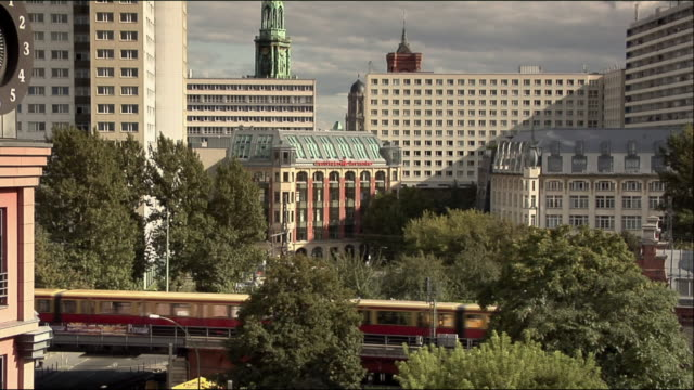 ws, ha, view of hackescher markt railway station, berlin, germany - markt stock videos & royalty-free footage