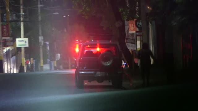 vídeos y material grabado en eventos de stock de view of haiti's red light district - prostituta