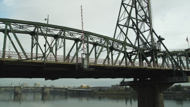 ws pan view of hawthorne bridge / portland, oregon, usa - see other clips from this shoot 1695 stock videos & royalty-free footage