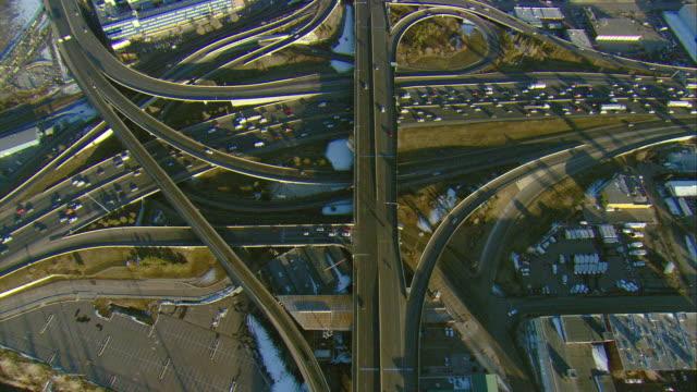 ws pov aerial view of heavy traffic on i-25 in denver / denver, colorado, usa  - motorway junction stock videos & royalty-free footage