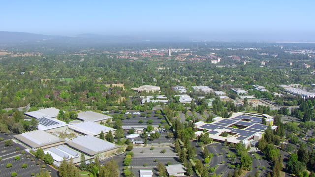 ws pan aerial pov view of hewlett-packard headquarters / palo alto, california, united states - headquarters stock videos & royalty-free footage