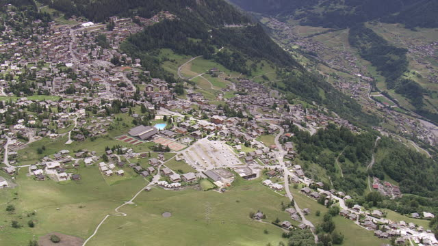 ws aerial view of hill town at verbier / valais, switzerland - switzerland stock videos & royalty-free footage