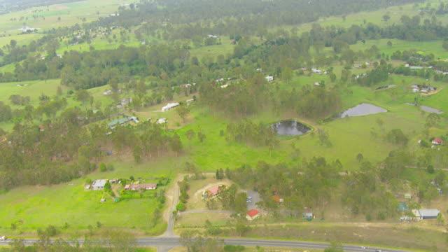 ws aerial zi view of hindu temple / brisbane, queensland, australia - non urban scene stock videos & royalty-free footage