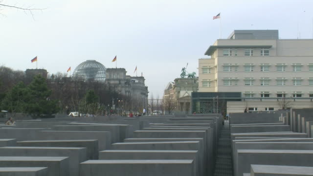 ws view of holocaust memorial, komische oper  and us embassy / berlin, germany - us embassy stock videos & royalty-free footage