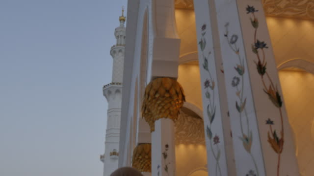 view of interior sheikh zayed grand mosque at dusk, abu dhabi, united arab emirates, middle east, asia - grand mosque stock videos and b-roll footage