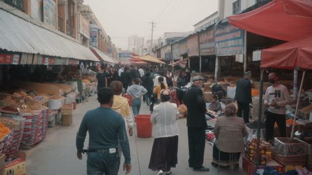 vídeos y material grabado en eventos de stock de view of kashgar international grand bazaar(market) kashgar, xinjiang, china - gran bazar