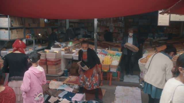 view of kashgar international grand bazaar(market) kashgar, xinjiang, china - istanbul stock videos & royalty-free footage