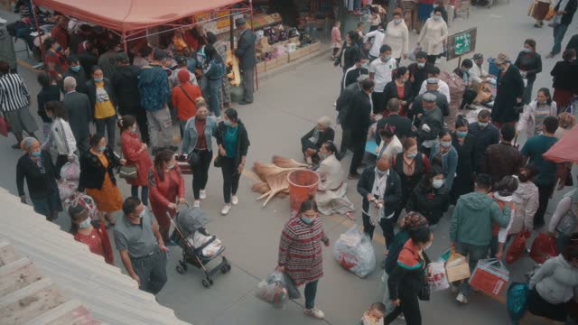 view of kashgar international grand bazaar(market) kashgar, xinjiang, china - 新疆ウイグル自治区点の映像素材/bロール